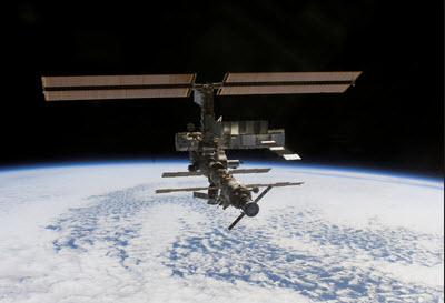 ISS schrijftips boek schrijven singularity miriam wesselink