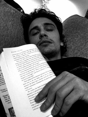 boek geleerd schrijven schrijftips singularity miriam wesselink3
